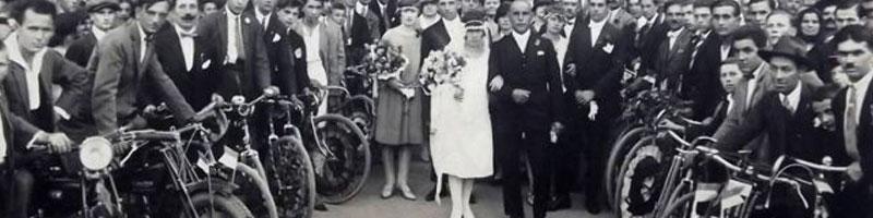 Povestea fotografiei de la o nunta de bikeri din 1927