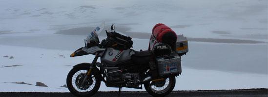Până în Islanda pe motocicletă