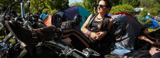 Viaţa de motociclistă în România