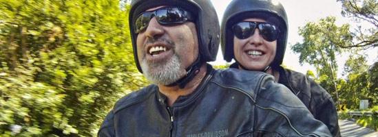 Motocicliştii duc o viaţă mai bună, motociclistele se simt mai puternice