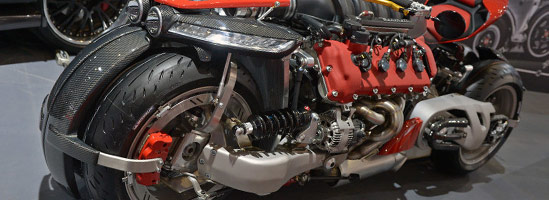 Lazareth LM847 - Motocicletă cu motor de V8 Maserati